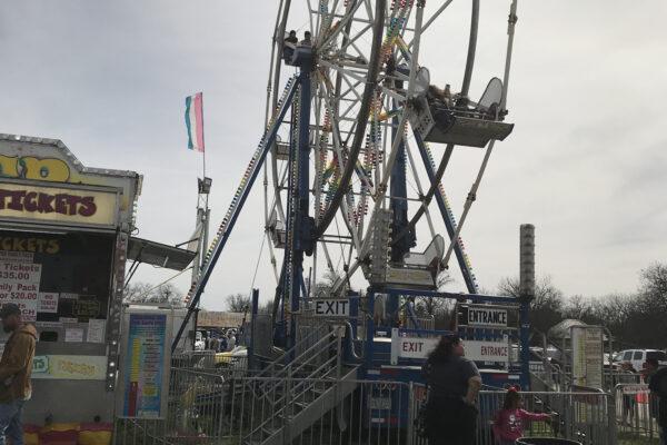 Oglesby-Rattlesnake-Roundup-Ferris-Wheel